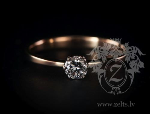 Zelta saderināšanās gredzens ar briljantu